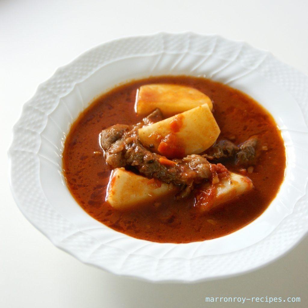 """コストコ""""プライムビーフ""""で作る牛肉とかぶのトマト煮込み"""