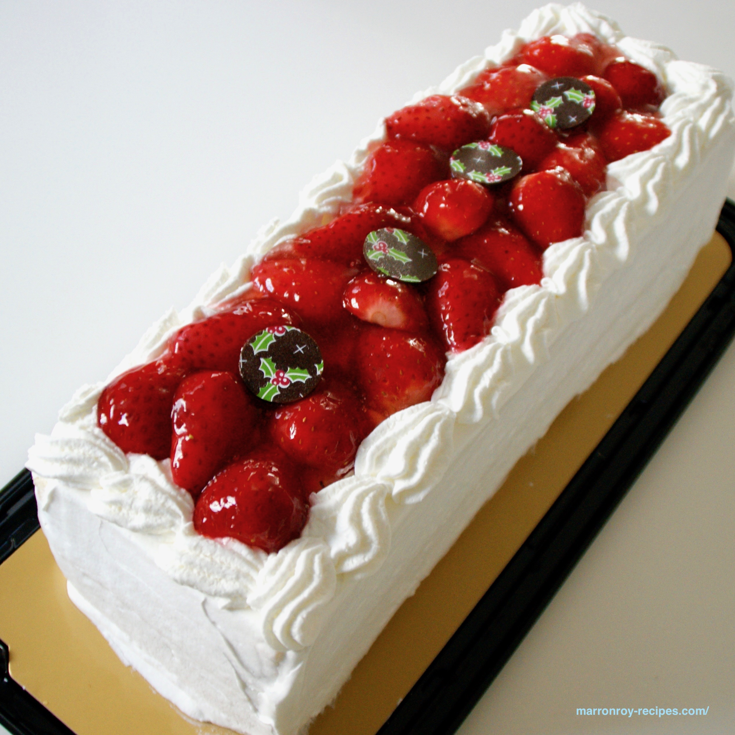 """<2018年>今年のコストコ""""ベリーグランドクリスマスケーキ""""はこんなケーキです"""
