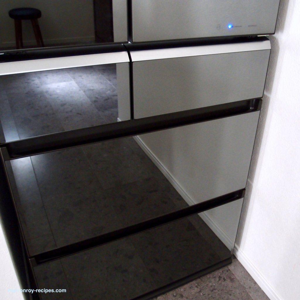 ピカピカ冷蔵庫