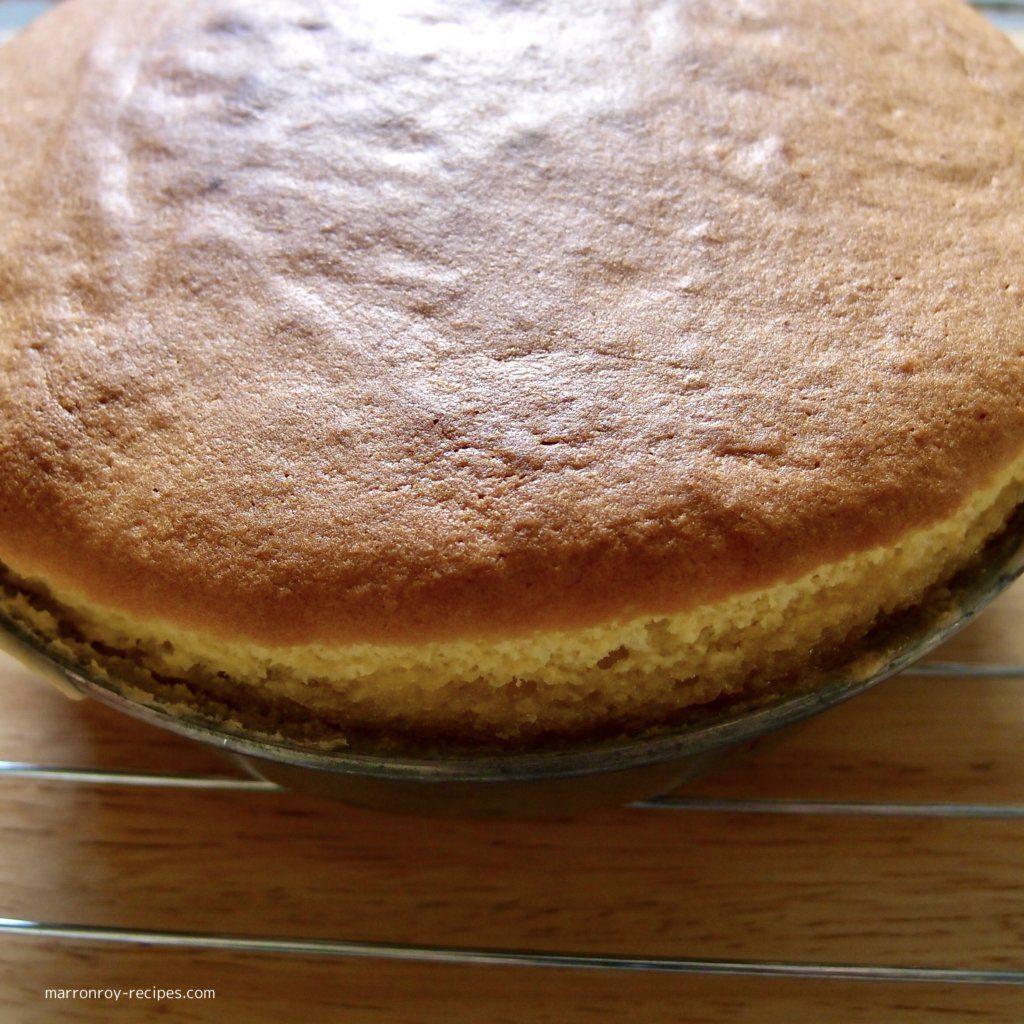 焼けたケーキ