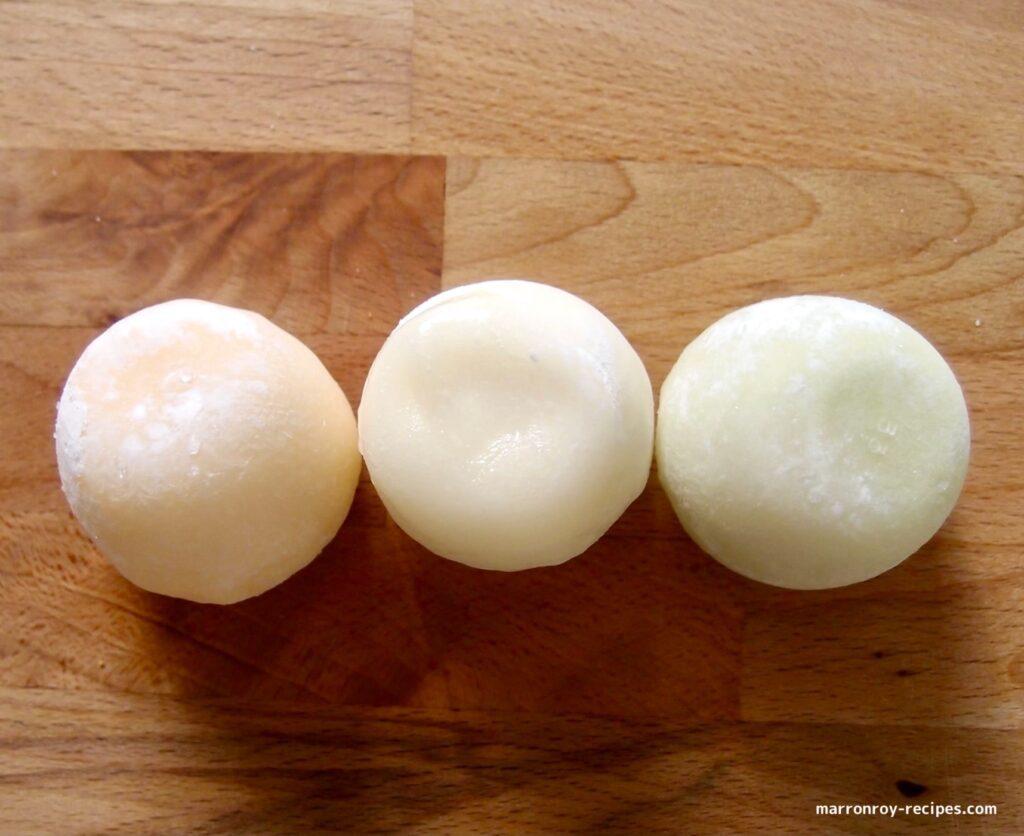 three mochi ice